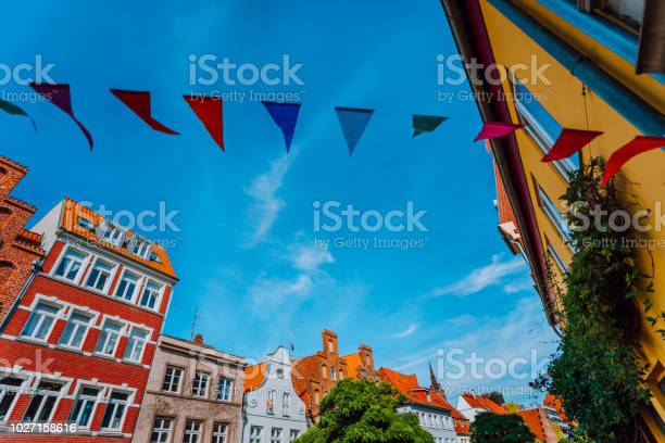 中世の街はシュレースヴィヒ ホルシュタイン州北ドイツのリューベック ...