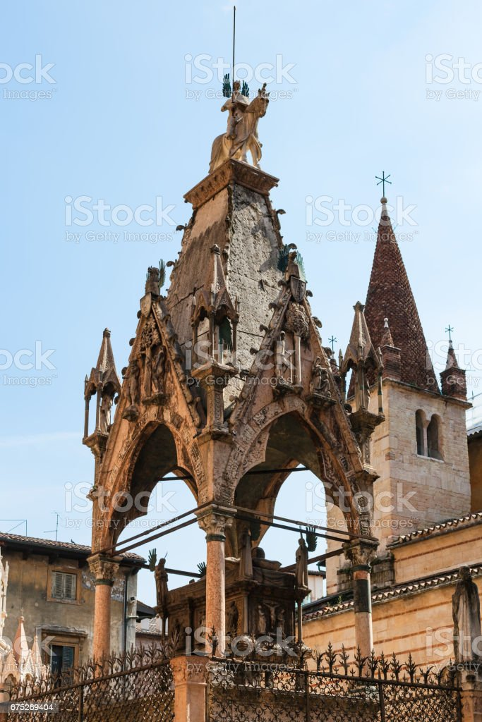 medieval tombs of mastino ii in arche scaligere stock photo