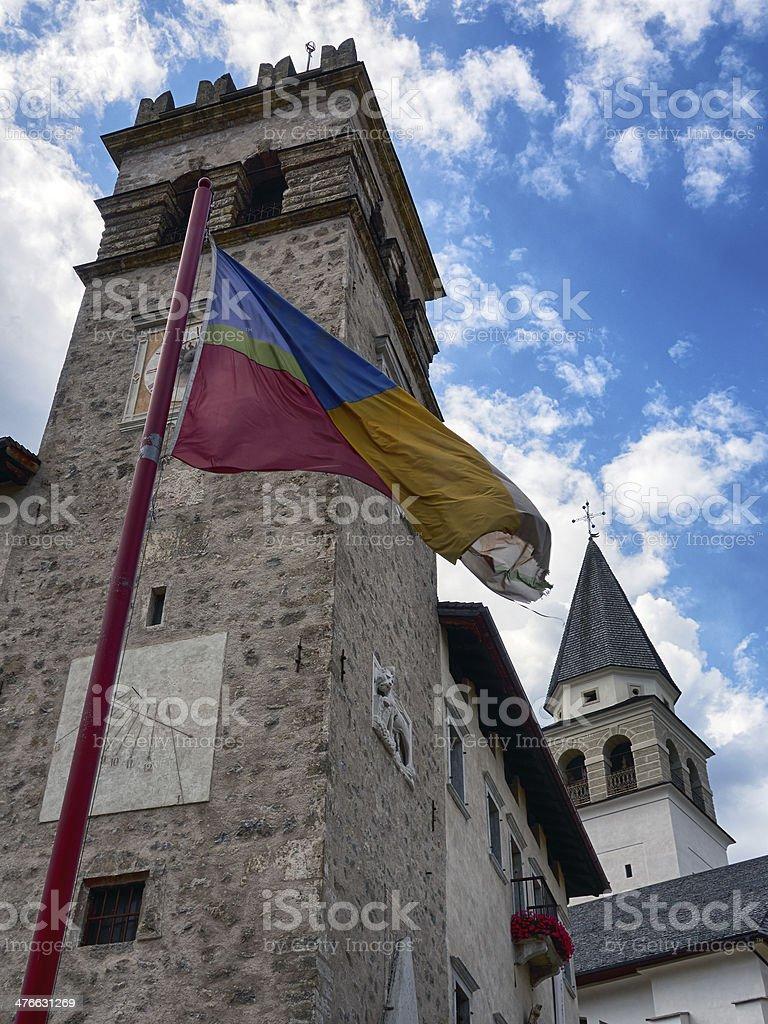 Torre medievale. Immagine a colori - foto stock