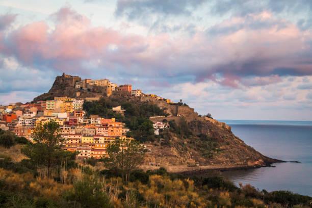 medieval town castelsardo, sardinia, italy - sardegna foto e immagini stock