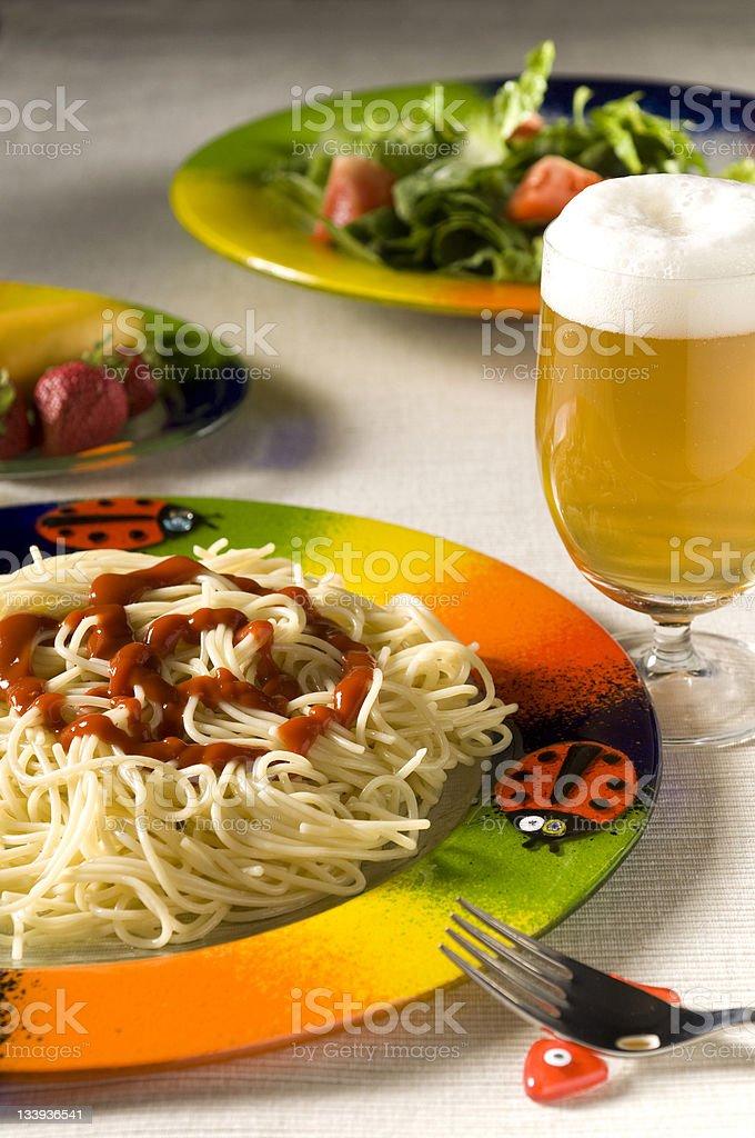 Mediterrane spaghetti – Foto