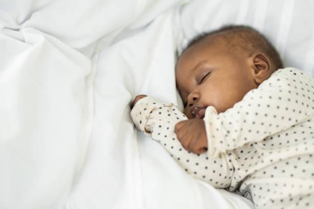 conheça nosso pequeno - bebê - fotografias e filmes do acervo