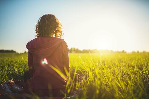 Möte En Soluppgång-foton och fler bilder på Andlighet