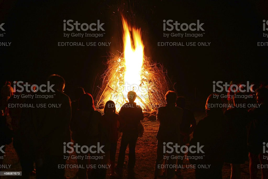 Réunion autour du feu - Photo