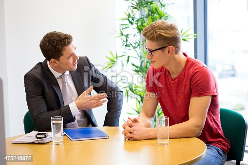 istock Meeting Between Professional and Student 473248972