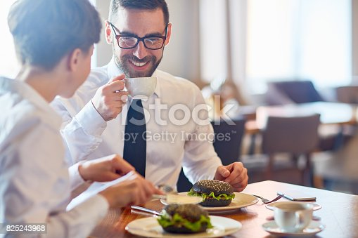 istock Meeting by lunch 825243968