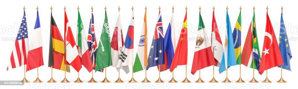Concepto de la reunión del G20, fila de banderas de todos los miembros del g-20. Render 3D aislado sobre fondo blanco - foto de stock