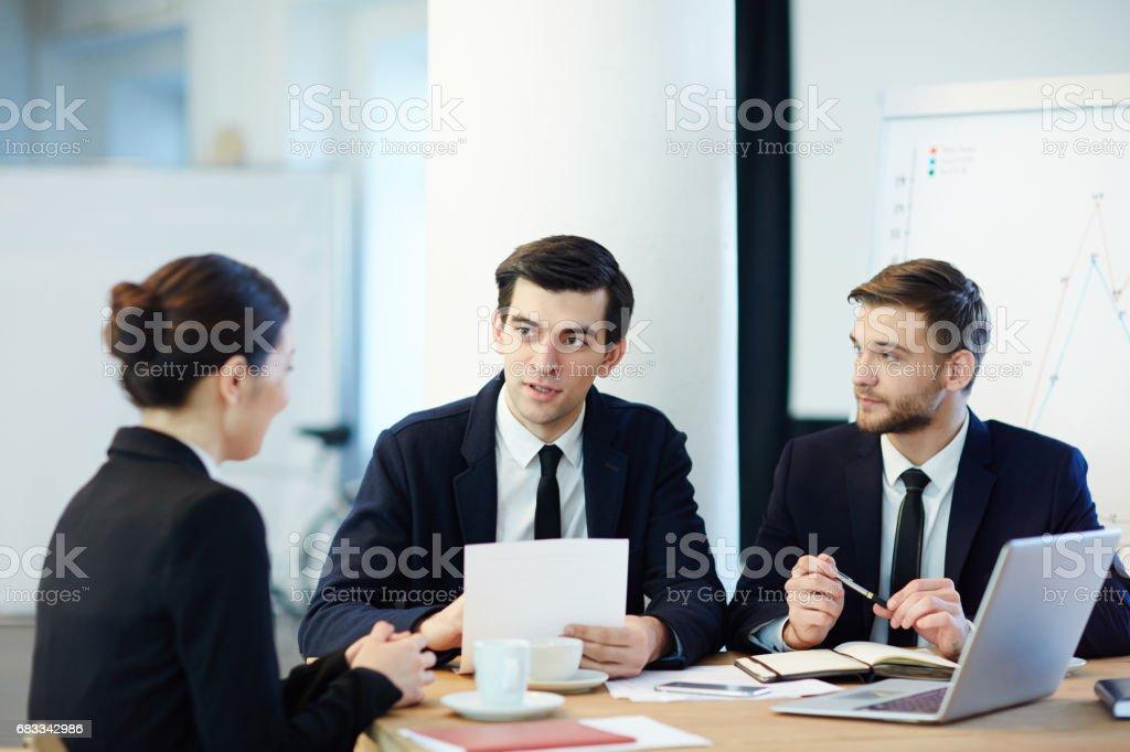 Meeting of co-workers Lizenzfreies stock-foto
