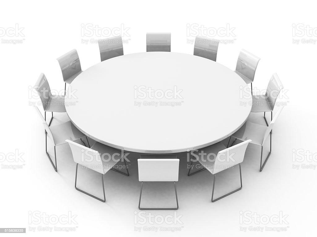 Sala riunioni con tavolo con sedie attorno fotografie stock e