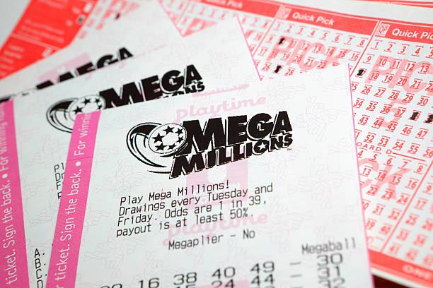 mega millionen lotterie-ticket - lotto stock-fotos und bilder
