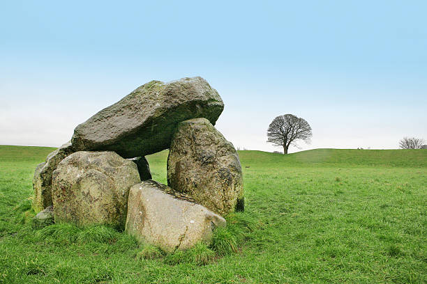 Megalith Old celtic megalith portal dolmen stock pictures, royalty-free photos & images