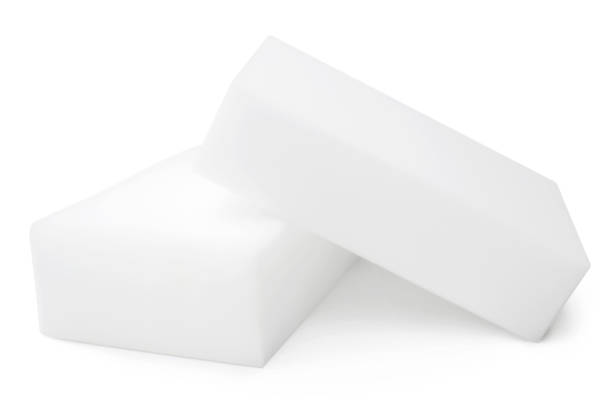 melamine sponges - spugna per le pulizie foto e immagini stock