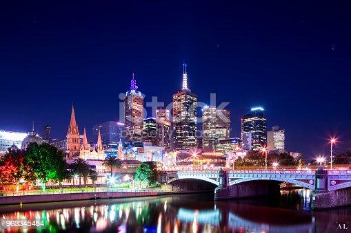534781401 istock photo Melbourne Graffiti 963345454