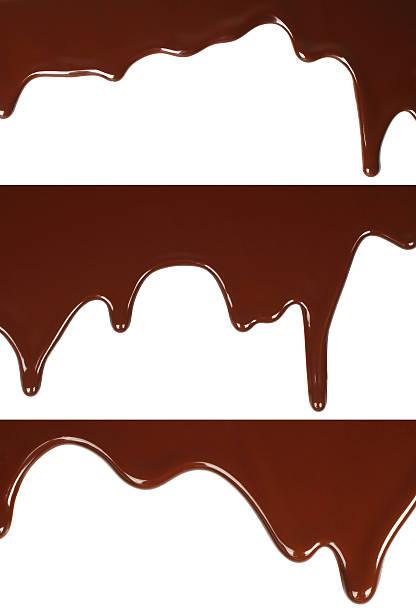 Geschmolzener Schokolade Tropfen auf weißem Hintergrund – Foto