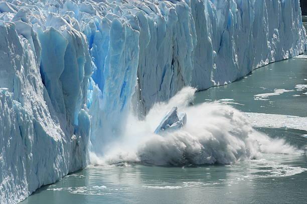 Cтоковое фото Melting ледник в глобальное потепление среды