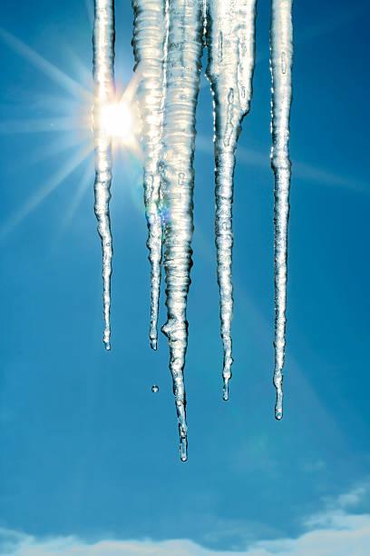 융해 icicles - 고드름 뉴스 사진 이미지