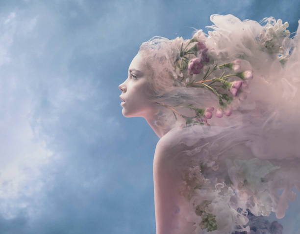 melting women - surrealistyczny zdjęcia i obrazy z banku zdjęć