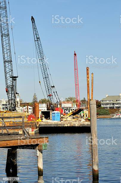 Memorial Bridge Construction on Piscataqua River