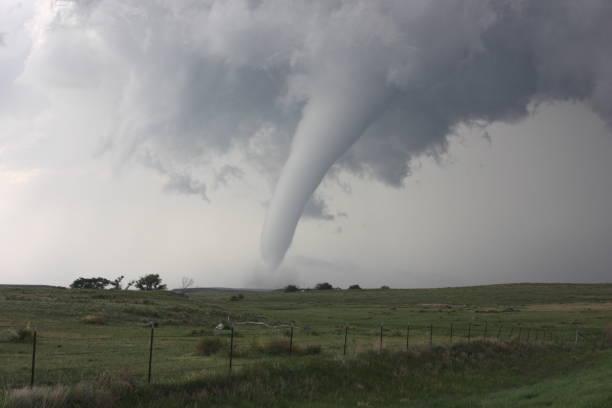 memorial day tornado in colorado - tornado stockfoto's en -beelden