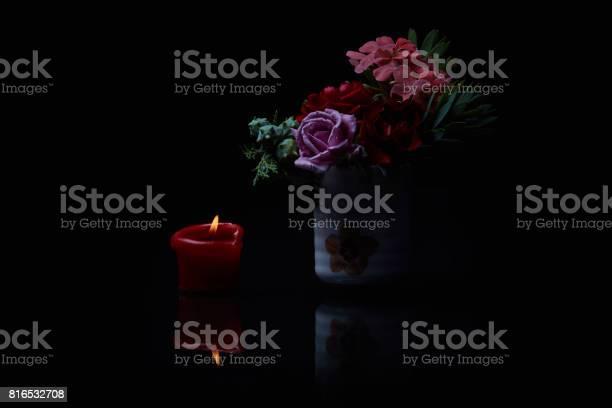 Memorial flowers studio photo picture id816532708?b=1&k=6&m=816532708&s=612x612&h=nneruflj74wk8hrq qrkzhnztjtqkytjiugb9kdq vi=
