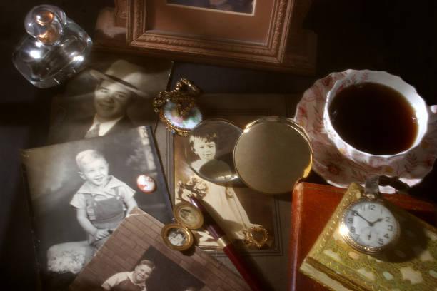 memórias colecção. antiguidade, fotografias vintage, collectibles. - porta retrato imagens e fotografias de stock