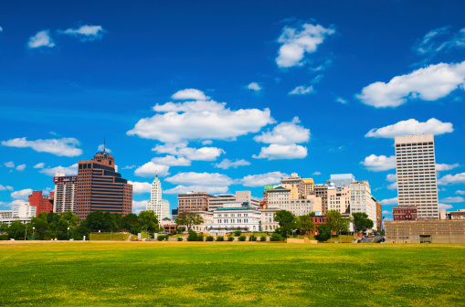 Memphis skyline and park