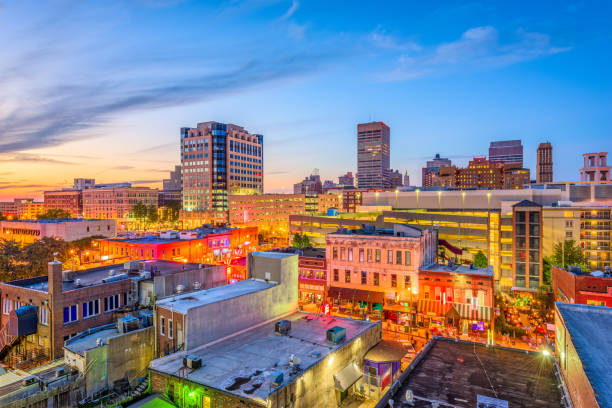 Memphis Tennessee Beale Street Memphis, Tennesse, USA downtown cityscape at dusk over Beale Street. tennessee stock pictures, royalty-free photos & images