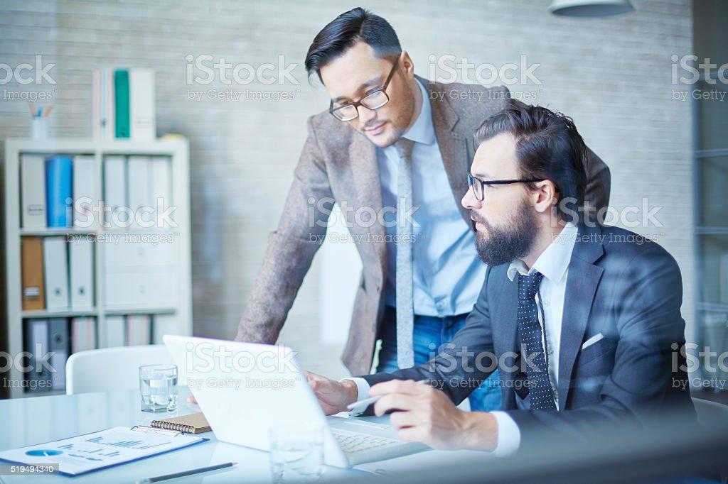 Männer im Büro Lizenzfreies stock-foto