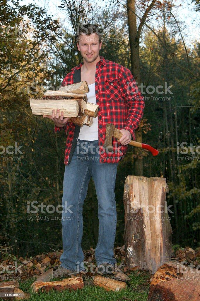 Hommes dans les bois - Photo