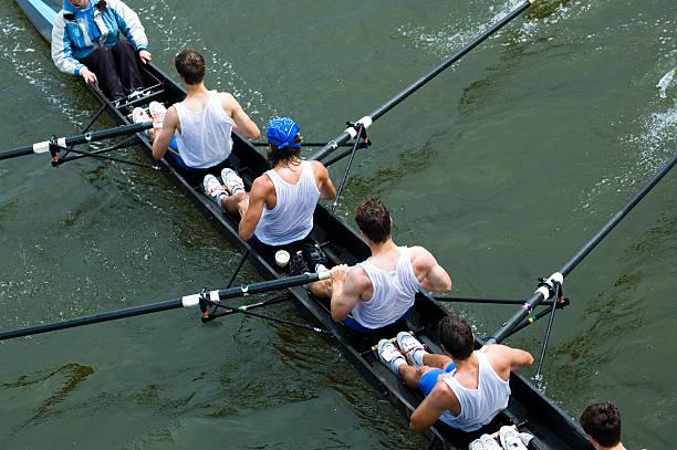 Hombres 8-Man Rowing - foto de stock