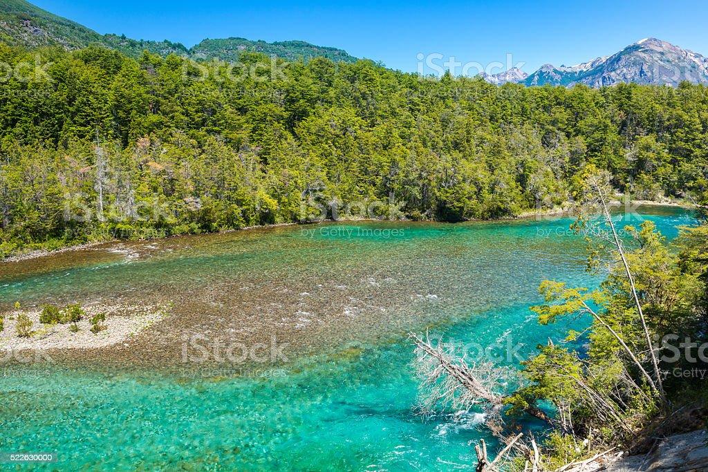 Menéndez río, Los Alerces Parque nacional en la Patagonia, Argentina - foto de stock