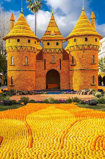 Menton (Francia).   Limone Festival: Sculture in limoni e arance - foto stock