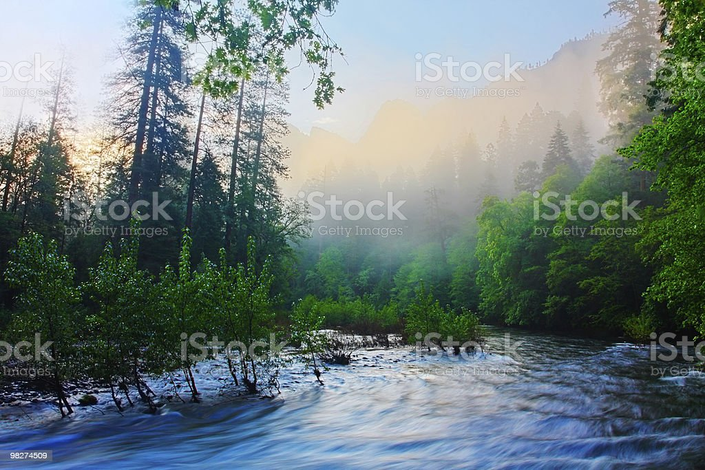 Fiume Merced Sunrise-Yosemite foto stock royalty-free