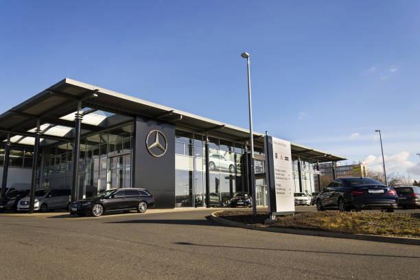 Mercedesbenz car in front of dealership in prague czech republic picture id645525434?b=1&k=6&m=645525434&s=612x612&w=0&h=leha7asd7ffmayq5w2lvlstgiqduwhozwcrzvz7hxok=
