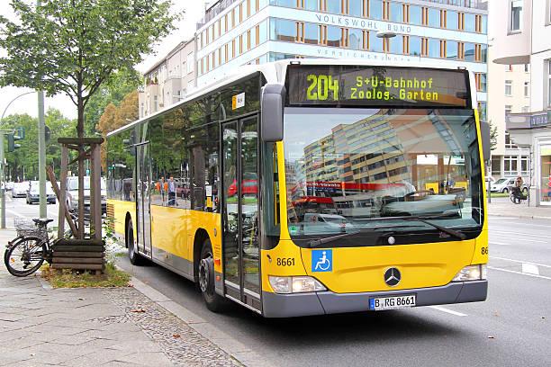 mercedes-benz o530 citaro - berlin express stock-fotos und bilder