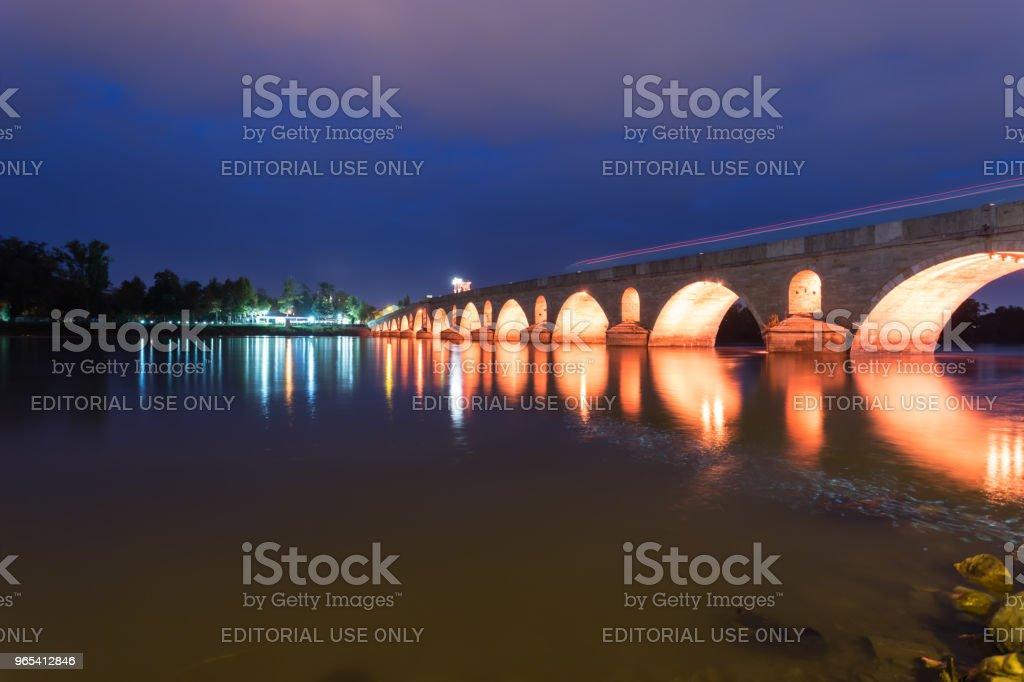 Meric Brücke auf Meric River in Edirne, Türkei - Lizenzfrei Abenddämmerung Stock-Foto