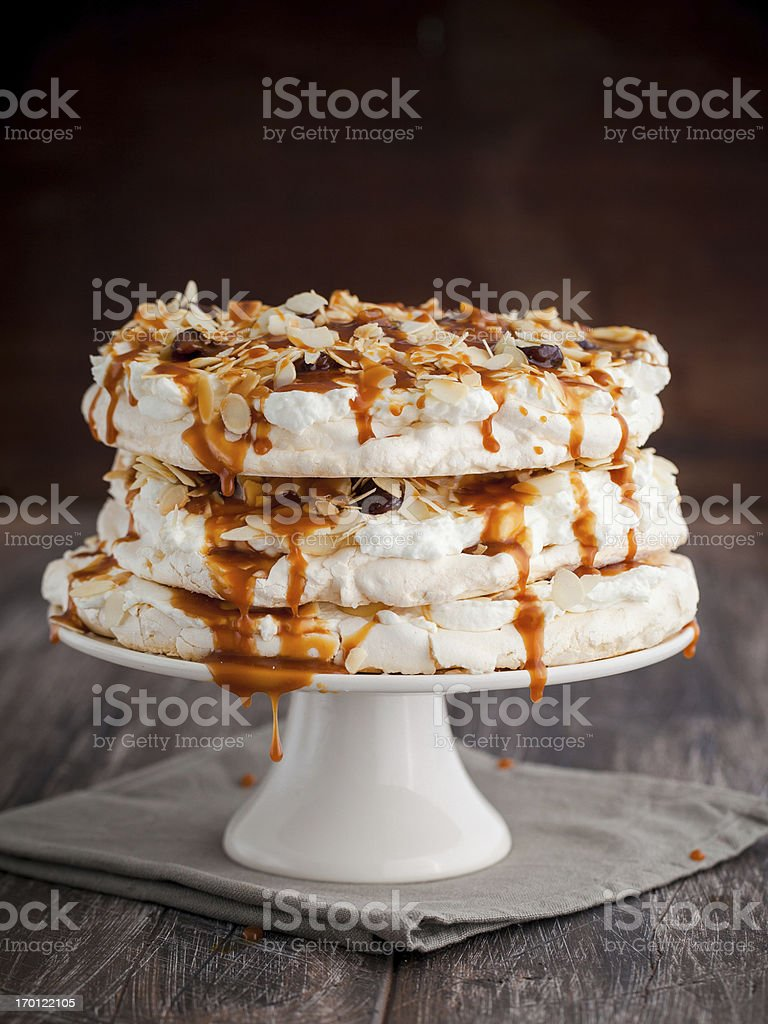 Baiser-Kuchen – Foto