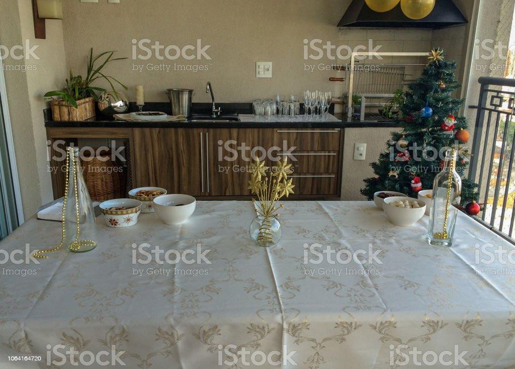Istock Regalos Y Cajas De Regalo Bajo El Arbol De Navidad Cajas De