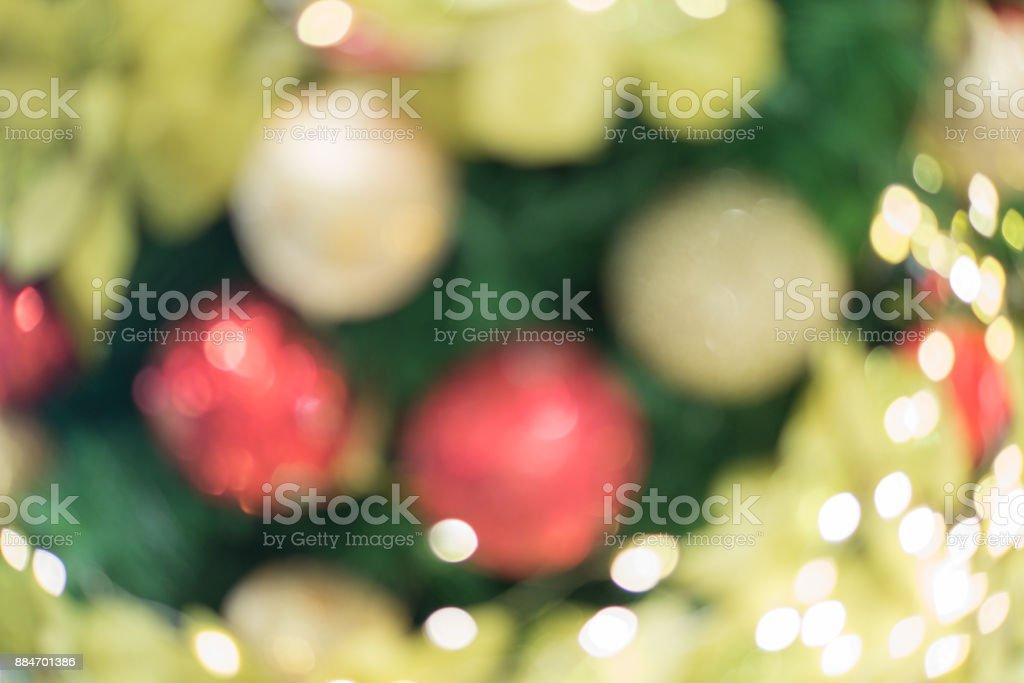 Weihnachtsfeier Dekoration.Frohe Weihnachtsfeier Mit Weihnachtsbaum Dekoration Bokeh Modus