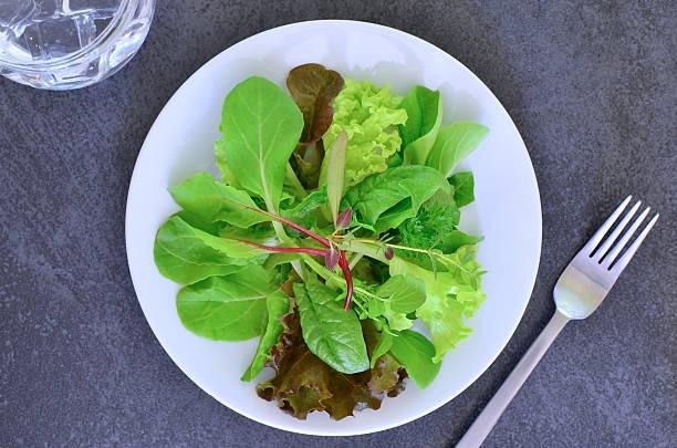 Salada Mesclun - foto de acervo