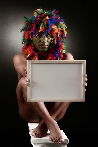 nachricht - indianer kostüm herren stock-fotos und bilder