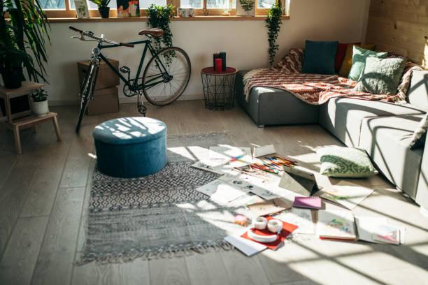 Messy Wohnzimmer – Foto