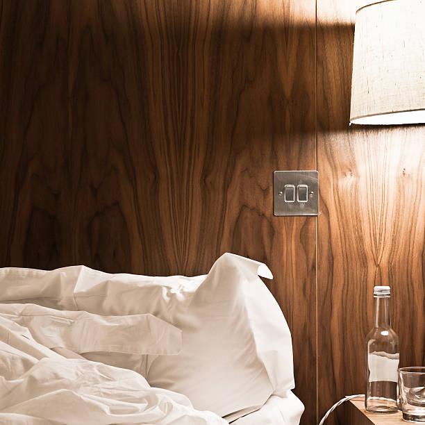 Unordentlich moderne Schlafzimmer – Foto