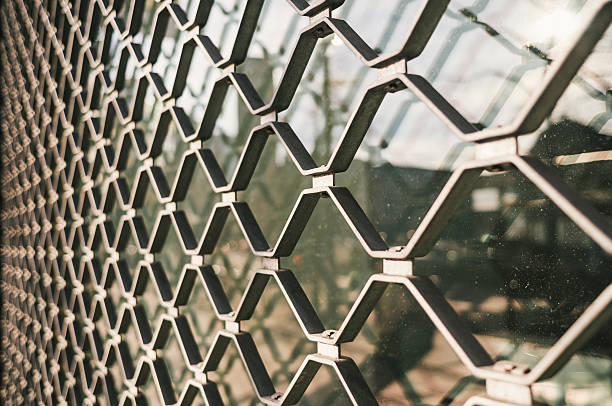 grid-shop aus Metall geschlossen – Foto
