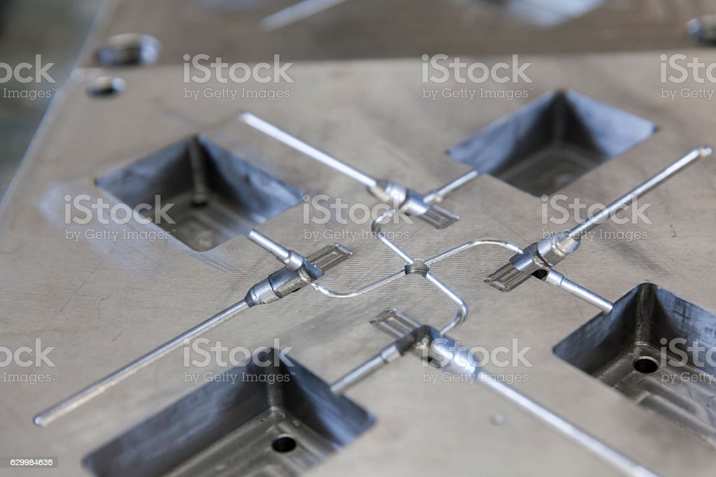 Metal tool for molding – Foto