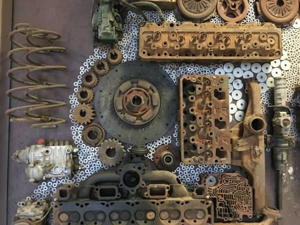 metal tekerlek ve araba parçaları stok fotoğrafı
