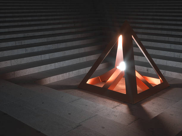 Metallic Artefakt sending out helles Licht – Foto