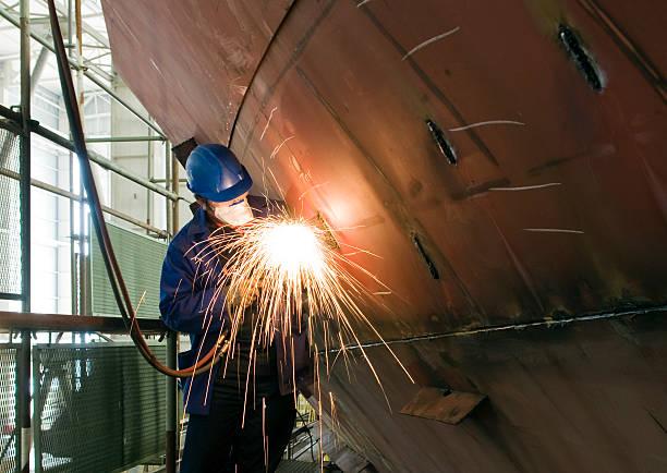 metalworker - schip watervaartuig stockfoto's en -beelden