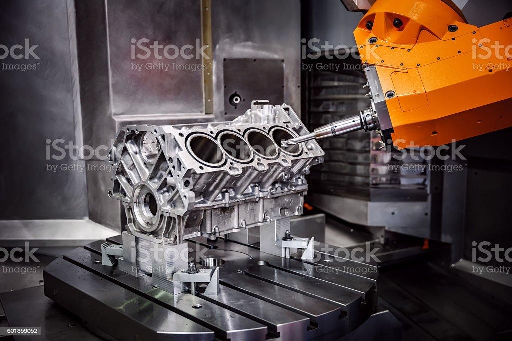 Para trabajos en metal de máquinas CNC de molienda. - Foto de stock de Maquinaria libre de derechos