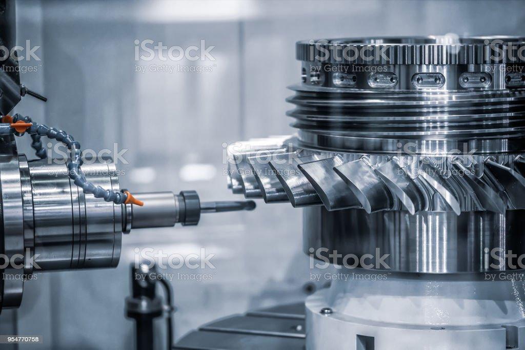 Metallbau CNC Fräse. – Foto